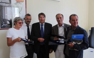 Sanremo, firmato accordo tra Confcommercio e Club Tenco. Sinergia per coinvolgere la città