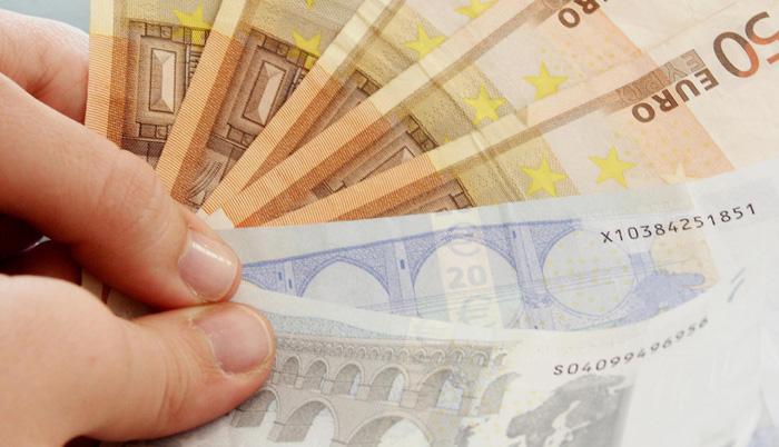 Due bandi della Regione Liguria per il sostegno del piccolo commercio